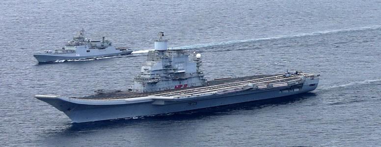 Indian_Navy_flotilla_Vikramaditya1