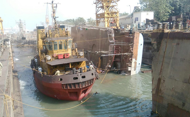 ins-betwa-toppled_650x400_51480952628