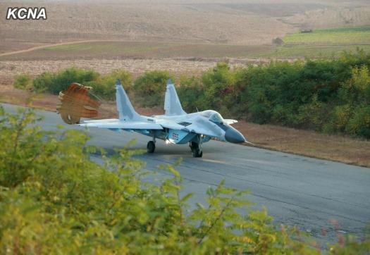 North-Korea-Mig-29-new-livery