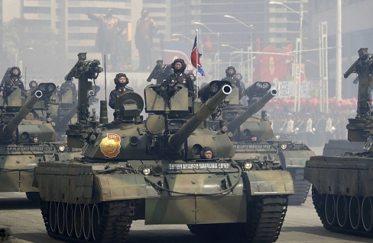 Pokpung-ho_Main_Battle_Tank_North_Korea_Korean_army_military_parade_105th_anniversary_of_the_birth_of_Kim_Il-sung_640_001.jpg